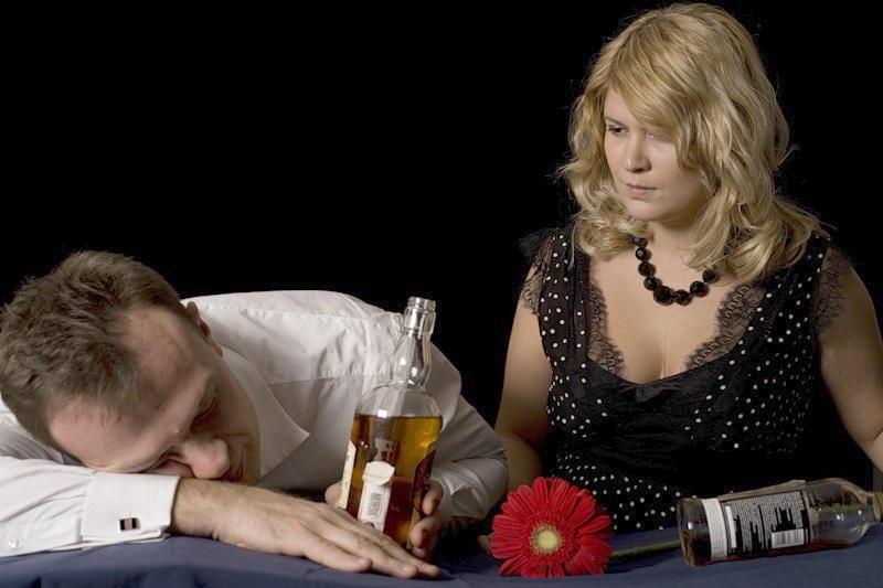 муж алкоголик
