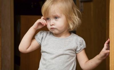 Сыпь при ветрянке (у детей и взрослых): как выглядит (фото), начальная стадия, на какой день начало, симптомы, чем обрабатывать, как долго проходит
